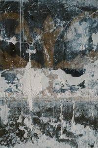 벽은 축축하고 곰팡이